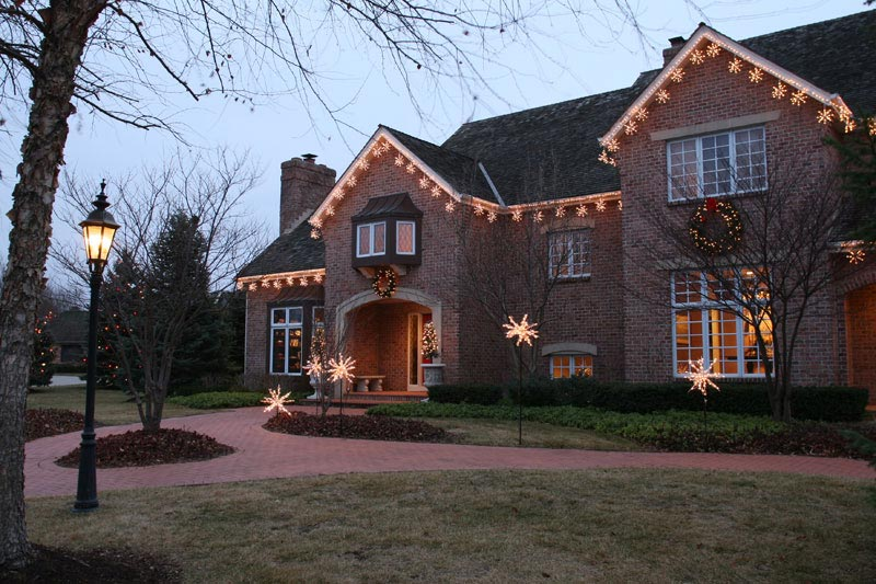 holiday-light-installers-oak-brook-il